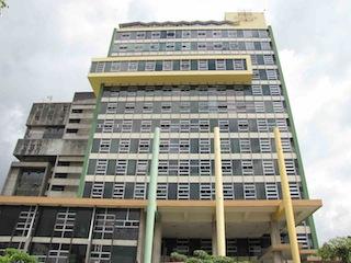 La CCSS abrió un nuevo portillo para el conflicto con la salida de la UCR como administradora de los EBAIS del sector este de la capital.