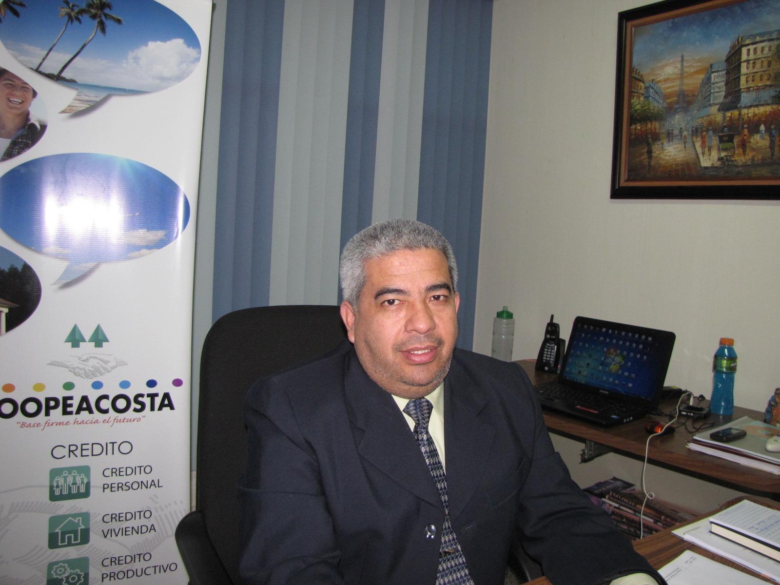Roy Fernández-nota 2014